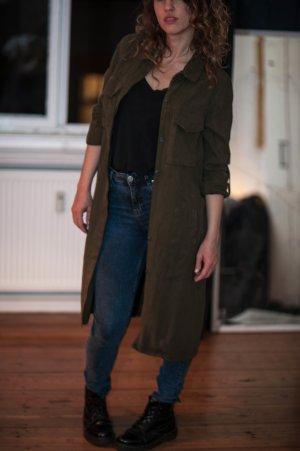 Blusen-Jacke mit gekrempelten Ärmeln