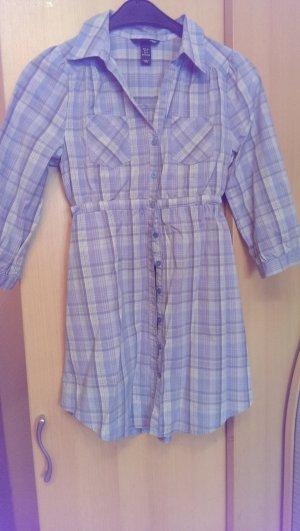 Blusenkleid / lange Bluse in tollen Blautönen.