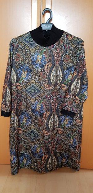 Blusenkleid mit Stehkragen