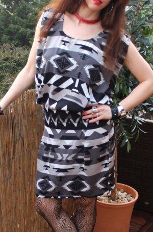 Blusenkleid schwarz/ weiß Kleid gemustert von Object Gr. XS