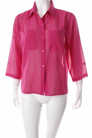 Cuello de blusa rosa