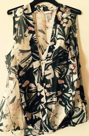 Blusentop mit tropischem Muster