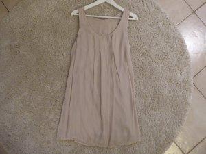 Blushfarbenes hängendes A-Linien Kleid von King Kong