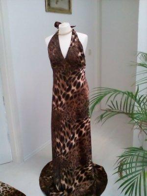 Bodenlanges Abendkleid im leopardenlook