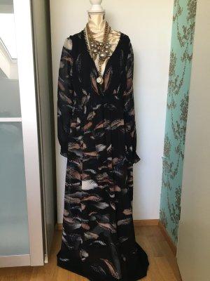 Bodenlanges sehr feminines Kleid