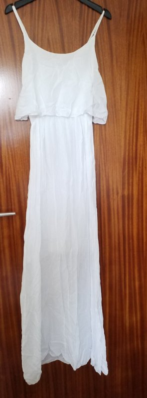 bodenlanges weißes Kleid mit knielangem Unterkleid NEU, ungetragen. Sieht auch wunderschön mit Gürtel um die Taille aus