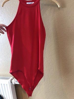 Zara Trafaluc Top con colletto arrotolato rosso