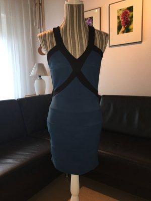 Bodycon Dress in blau/schwarz mit Rückendetail