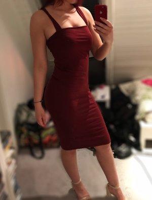Bodycon-Kleid in Midi-Länge mit rechteckigem Dekolleté