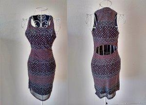 Bodycon Kleid mit Rückenausschnitt
