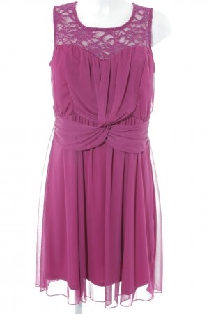 Bodyflirt A-lijn jurk braambesrood bloemen patroon elegant
