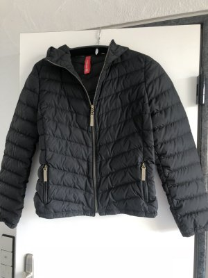 Bogner Fire +Ice leichte Daunenjacke in schwarz