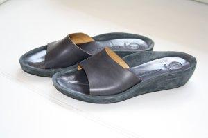 Bogner Heel Pantolettes dark blue leather
