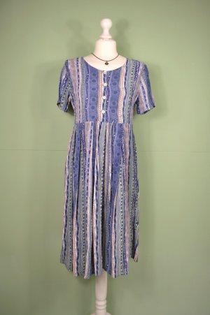 Bohemian Kleid mit veschiedenen Mustern