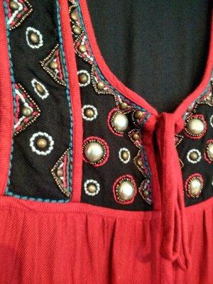 Boho / Folklore Kleid mit Stickerei