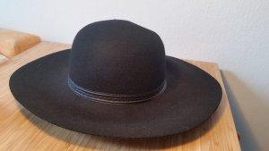 Atmosphere Hat black