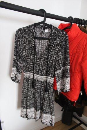 Boho Kleid in Schwarz Weiß
