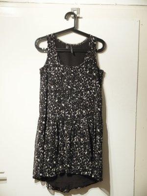 Boho-Minikleid mit süßem Muster