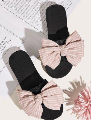 Sandalias cómodas blanco-rosa claro