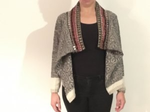 BOHO STYLE  Strickjacke mit Applikationen