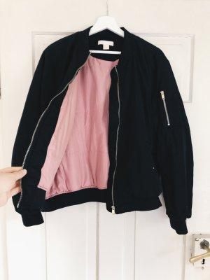 Bomber Jacke von H&M mit rosa Innenleben