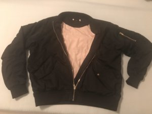 Hennes Collection by H&M Chaqueta bomber negro-rosa empolvado