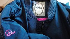 Bomberjacke , lang, blau mit pinken Innenfutter ,myMo