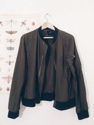 Bomberjacke Olivgrün Zara