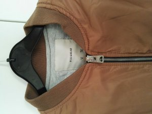 Bomberjacke von Pull and Bear S