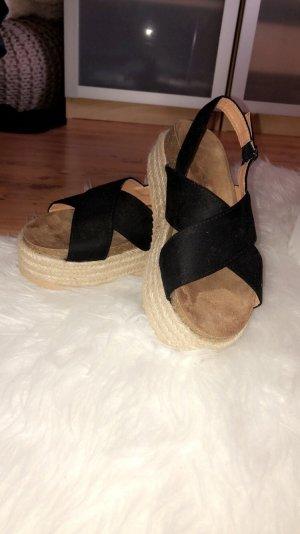 Boohoo Platform High-Heeled Sandal black-beige