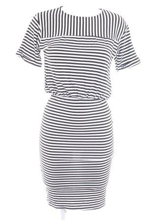 Boohoo Jerseykleid weiß Streifenmuster schlichter Stil