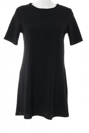 Boohoo Shortsleeve Dress black casual look