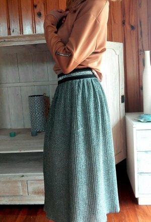 Boohoo lachsfarben und braune Trainingsjacke mit silber Reißverschluss, ebenfalls am Ärmel