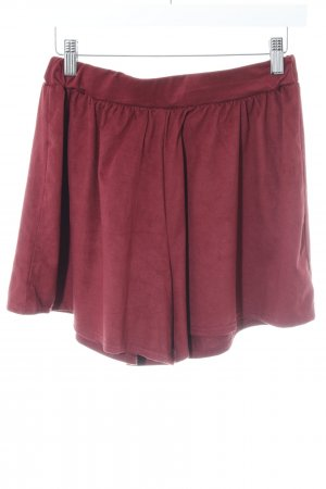 Boohoo Short rouge foncé style simple
