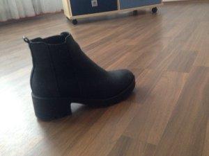 boohoo Stiefel Größe 37
