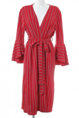 Boohoo Robe portefeuille motif rayé style simple