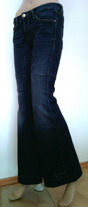Boot cut Flared Jeans in 29/30