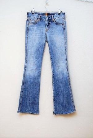 Boot Cut Jeans / Schlagjeans