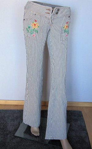 Bootcut Jeans Gr.26 Stickerei Flower Power