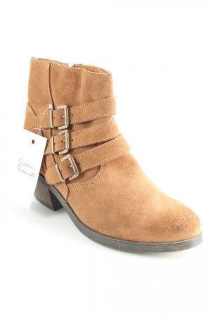 Botines coñac-marrón estilo country