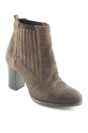 Booties dunkelbraun Street-Fashion-Look