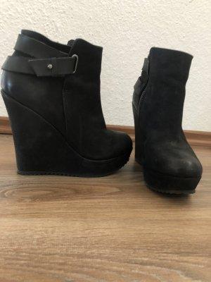 Aldo Platform Booties black