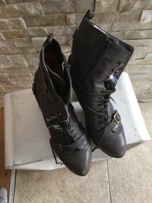 Boots Bronx hellgrau.
