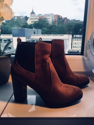 Platform Booties cognac-coloured
