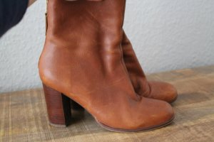 Urban Outfitters Ankle Boots cognac-coloured leather