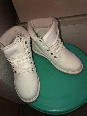 Snow Boots white