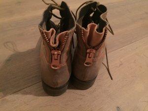 Boots hellbraun/ neu