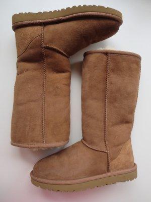 Boots hellbraun Veloursleder Lammfell