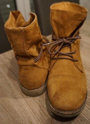 Boots in Cognac