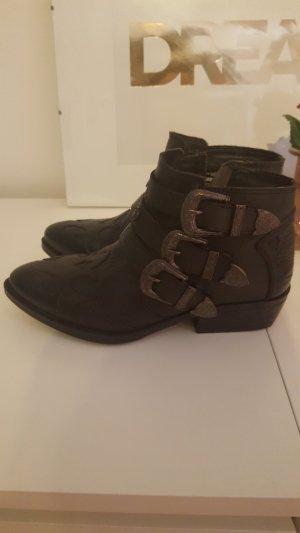 Boots in Westernlook